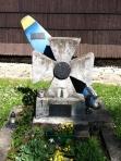 Headstone Propeller