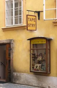 De-hyphenation of Prague